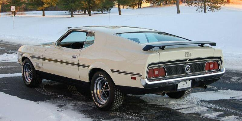 White 1972 Mustang Mach 1 Fastback