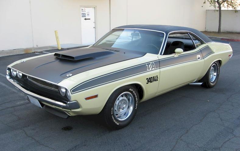Cream 1970 Chrysler Dodge Challenger