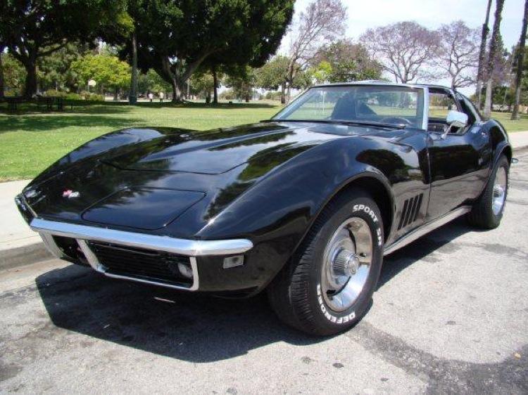 Tuxedo Black 1968 GM Chevrolet Corvette