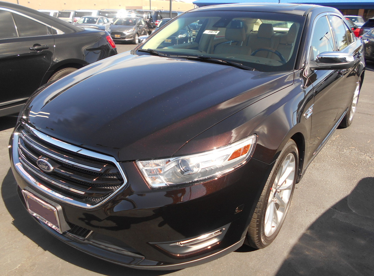 Medium Brown 2014 Ford  Taurus