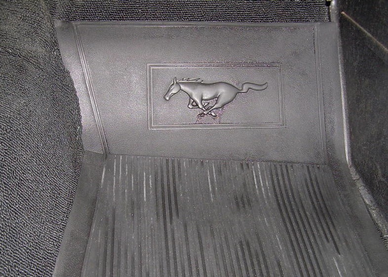 Springtime yellow 1966 ford mustang hardtop for 1966 ford mustang floor mats
