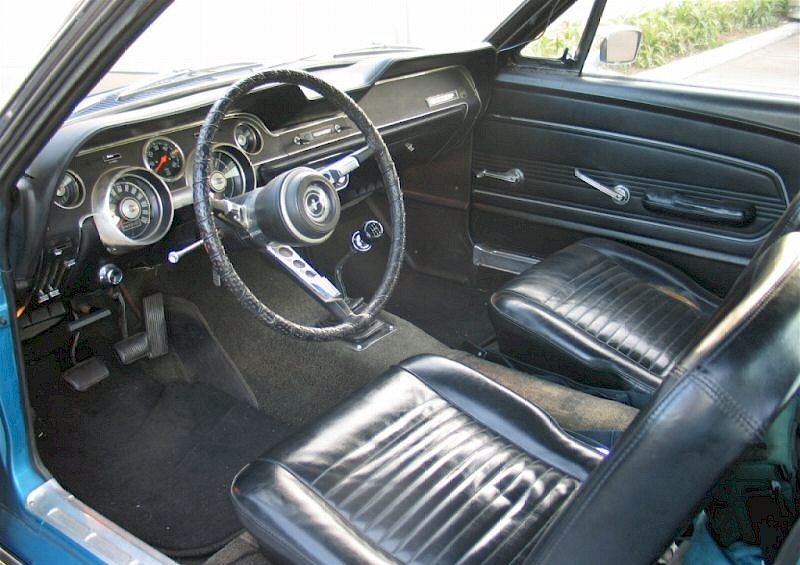 blue 1967 ford mustang t 5 fastback. Black Bedroom Furniture Sets. Home Design Ideas