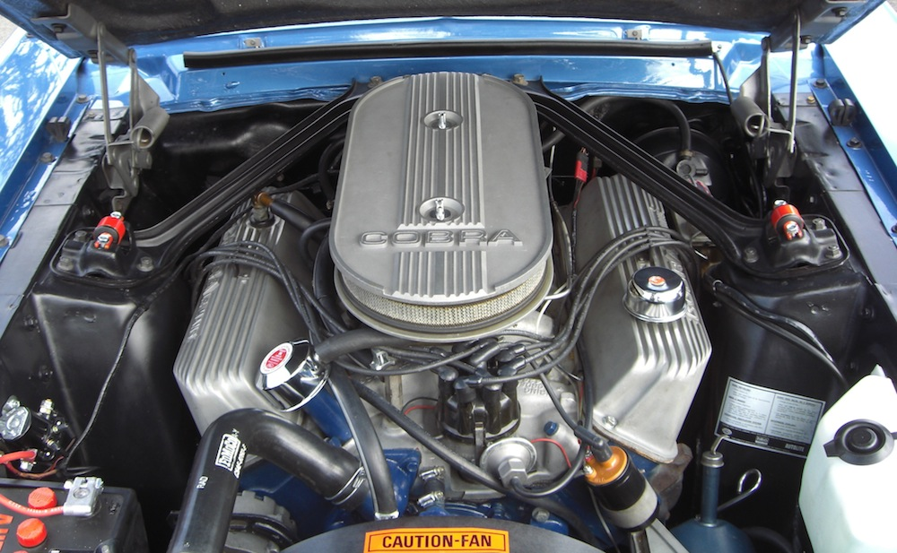 1967 Ford Mustang Q-code 428ci V8 engine
