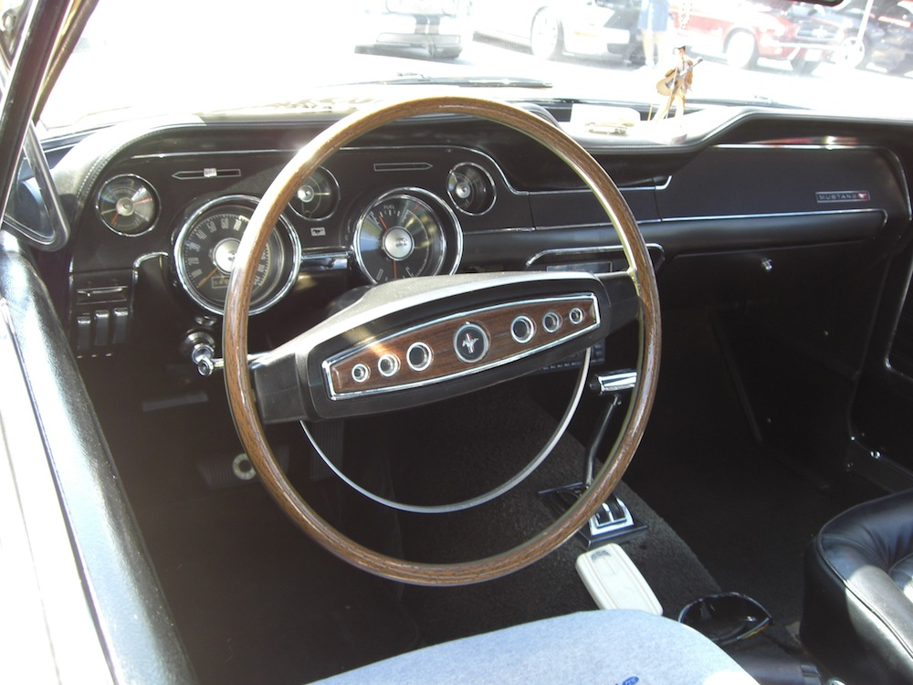 1968 mustang steering wheel pictures to pin on pinterest pinsdaddy. Black Bedroom Furniture Sets. Home Design Ideas