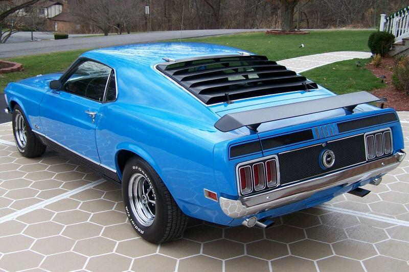 Grabber blue 1970 mach 1 ford mustang fastback for 1970 mustang rear window louvers