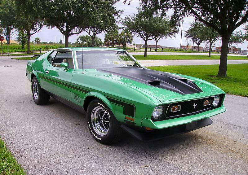 Grabber Green 1971 Mach 1 Ford Mustang Fastback