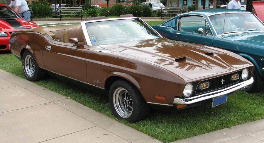 Medium Brown 1972 Mustang Convertible