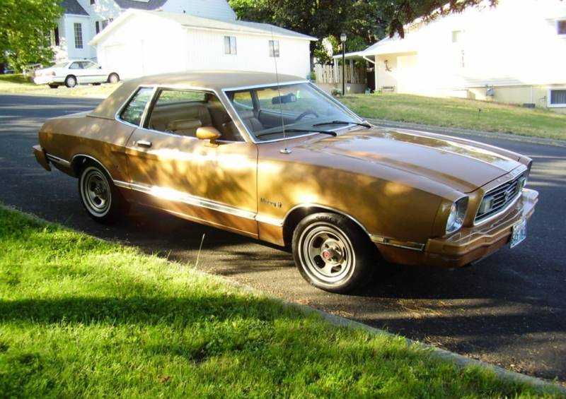 medium gold 1976 ford mustang ii coupe mustangattitude. Black Bedroom Furniture Sets. Home Design Ideas