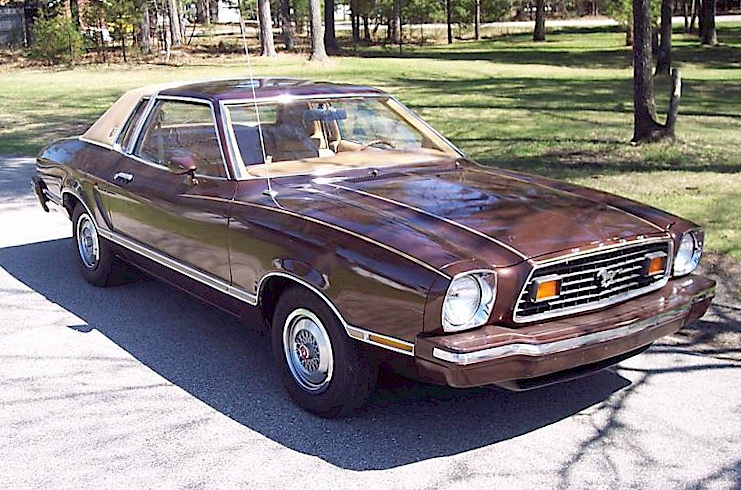 dark brown 1976 ford mustang ii ghia coupe photo detail. Black Bedroom Furniture Sets. Home Design Ideas