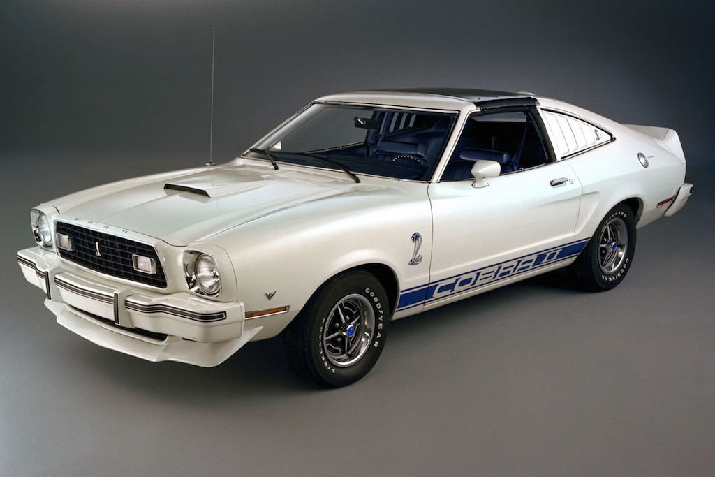 polar white 1976 ford mustang cobra ii hatchback. Black Bedroom Furniture Sets. Home Design Ideas