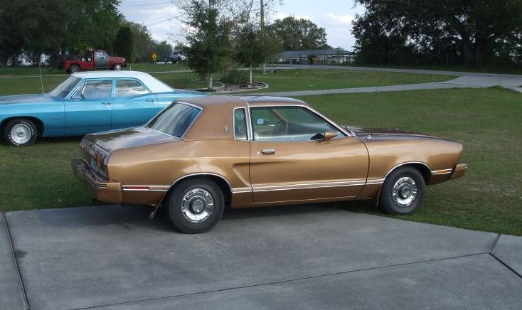 Chamois Glow Gold 1978 Ford Mustang II Ghia Coupe