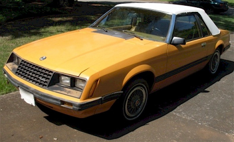 Bright Caramel 80 Mustang Coupe