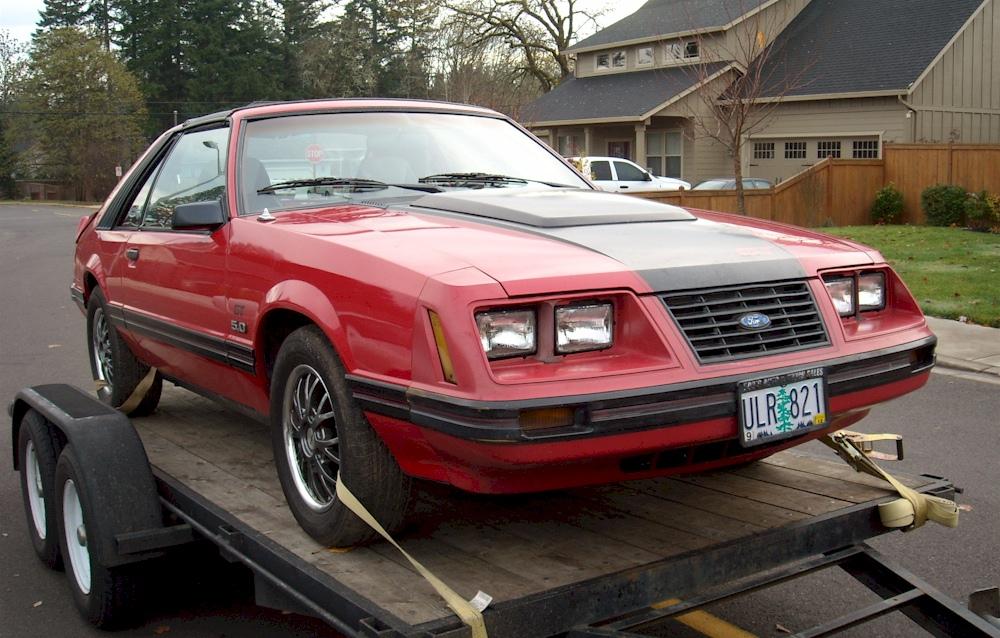 red 1983 ford mustang gt hatchback photo detail. Black Bedroom Furniture Sets. Home Design Ideas