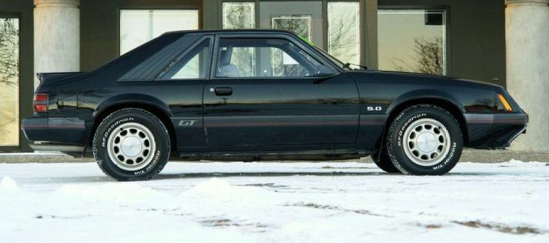 black 1985 ford mustang gt hatchback photo detail. Black Bedroom Furniture Sets. Home Design Ideas