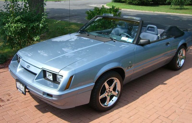 Light Regatta Blue 1986 Mustang LX convertible