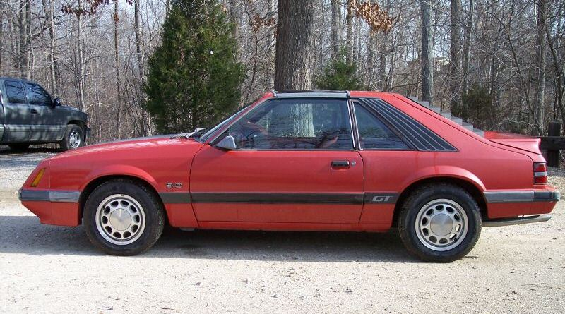 Medium Canyon Red 1986 Mustang GT Hatchback