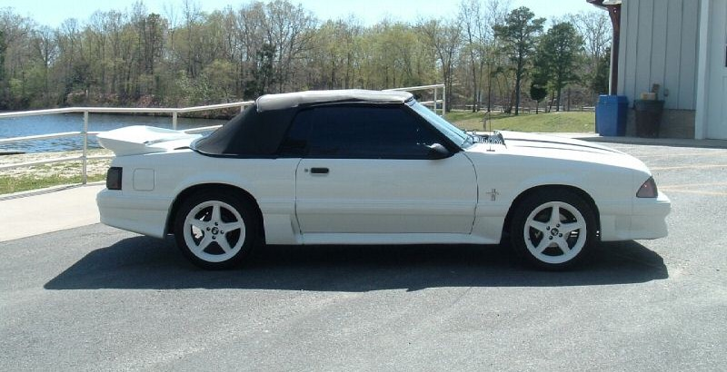 oxford white 1987 ford mustang gt convertible photo detail. Black Bedroom Furniture Sets. Home Design Ideas