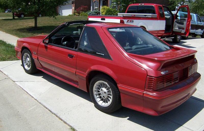scarlet red 1987 ford mustang gt hatchback photo detail. Black Bedroom Furniture Sets. Home Design Ideas