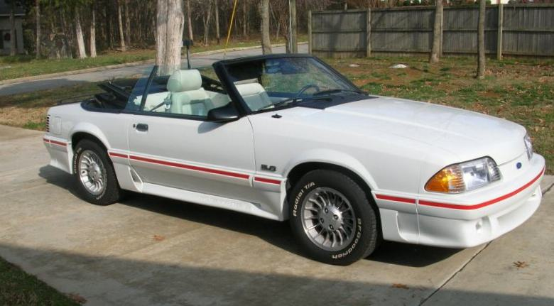 Oxford White 1987 Mustang Gt Convertible