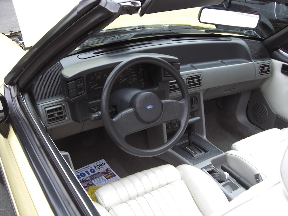Ford Of Bellevue >> Tropical Yellow 1989 Ford Mustang Convertible ...