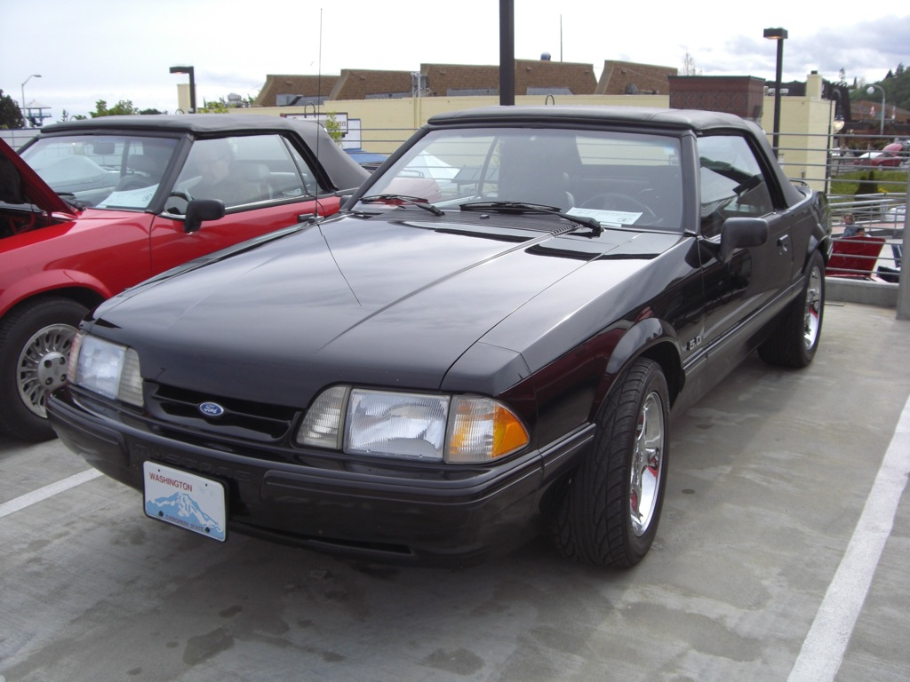 Black 90 Mustang 25th Anniversary Convertible