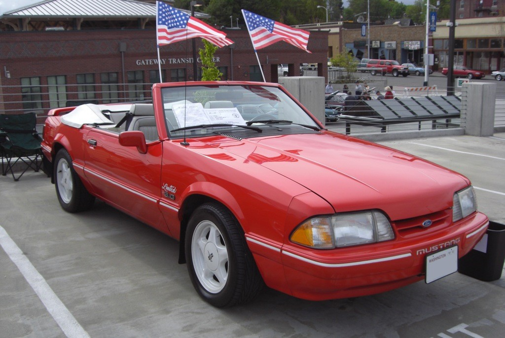 Vibrant Red 1992 Limited Edition 5.0L Feature Convertible
