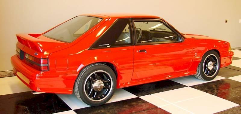vibrant red 1993 ford mustang svt cobra r hatchback photo detail. Black Bedroom Furniture Sets. Home Design Ideas
