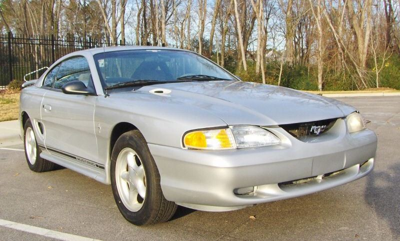 Silver 1998 Ford Mustang