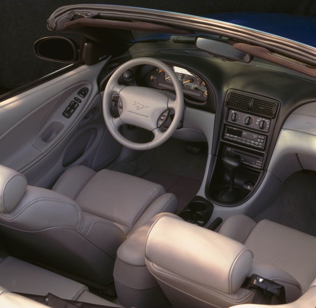 1998 ford mustang interior colors