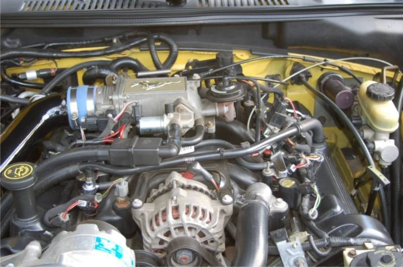 Roush upgraded 4.6L V8 engine