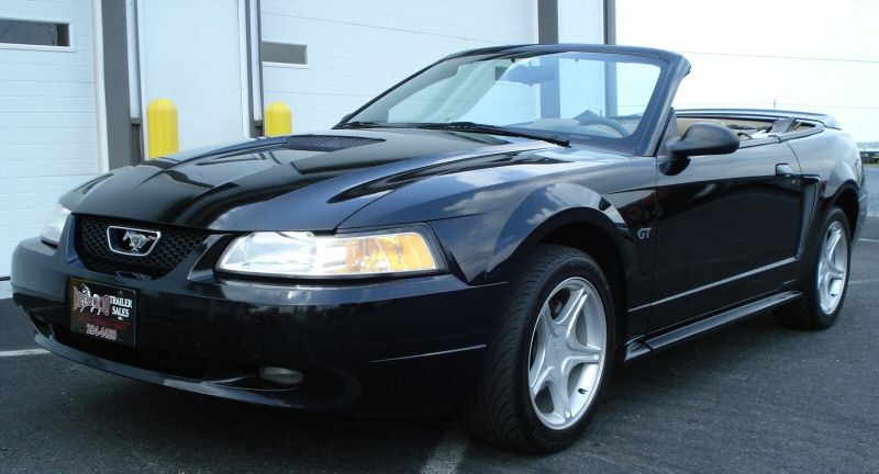 black 2000 ford mustang gt convertible mustangattitude. Black Bedroom Furniture Sets. Home Design Ideas