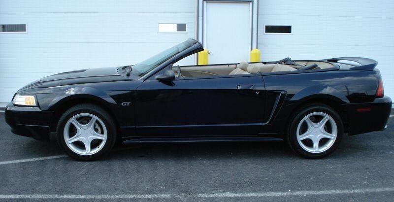 2000 ford mustang gt convertible black. Black Bedroom Furniture Sets. Home Design Ideas