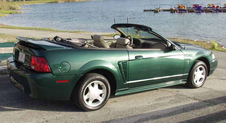 Amazon (Tropic) Green 2000 Ford Mustang
