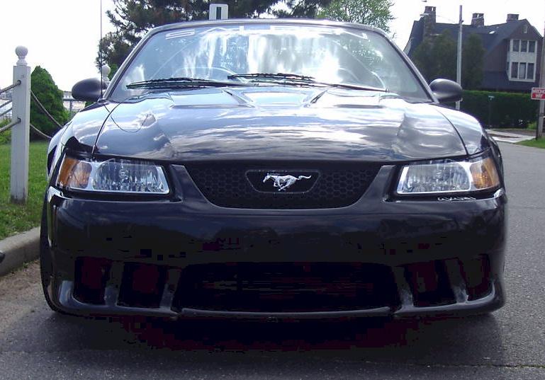 Black Mustang Car 2000