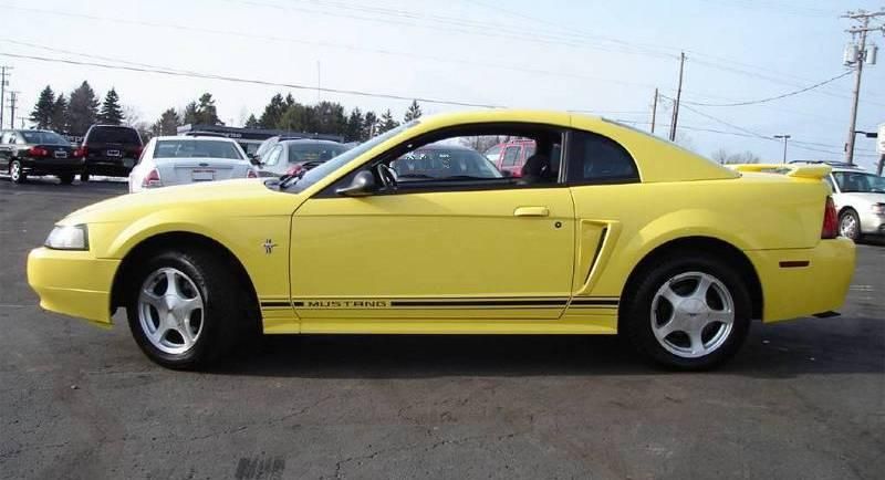 Zinc Yellow 2001 Mustang Coupe