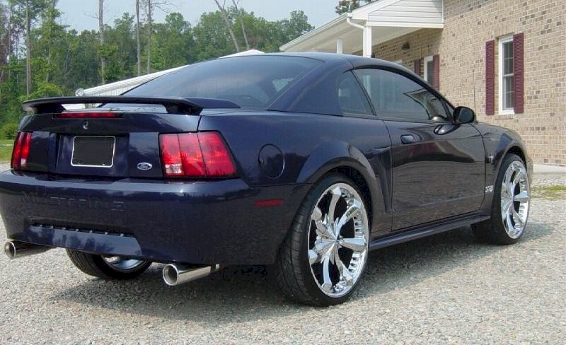 True Blue 2001 Ford Mustang Coupe Mobile