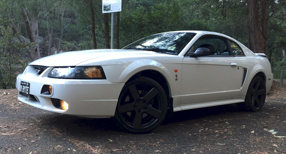Oxford White 2002 Mustang Ccbra Coupe