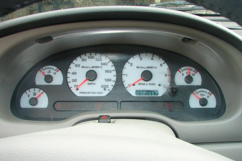 Dash 2002 Mustang Saleen S281SC Coupe