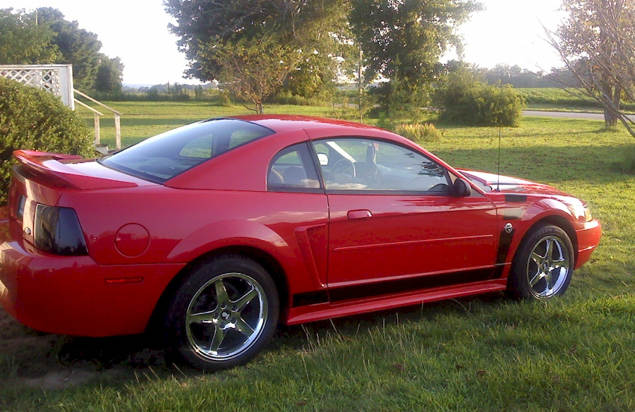 Red 2004 Mustang