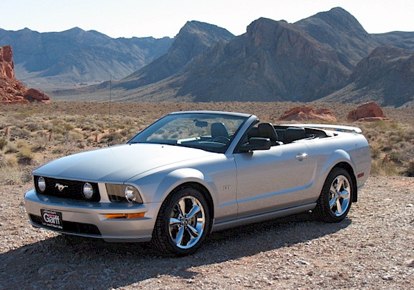 satin silver 2005 ford mustang gt convertible photo detail. Black Bedroom Furniture Sets. Home Design Ideas