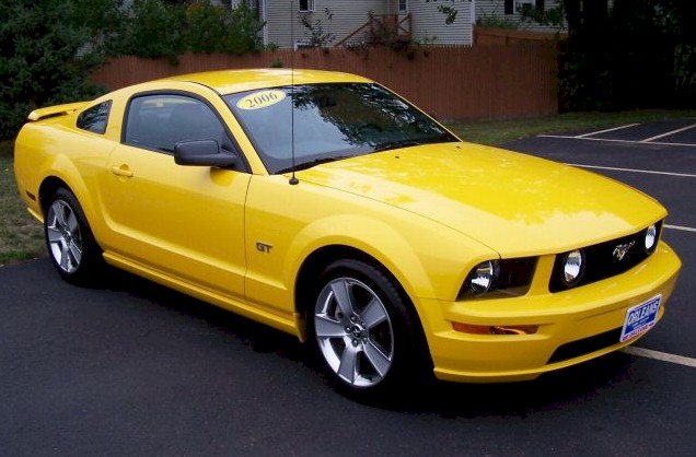 Screaming Yellow 2006 Ford Mustang Gt Coupe