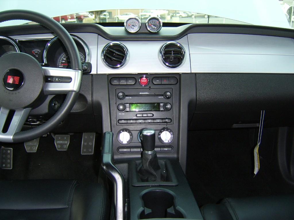 Dash 2006 Mustang En S281 Coupe
