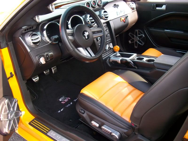 Grabber orange 2007 ford mustang gt custom coupe for 05 mustang door panel leather