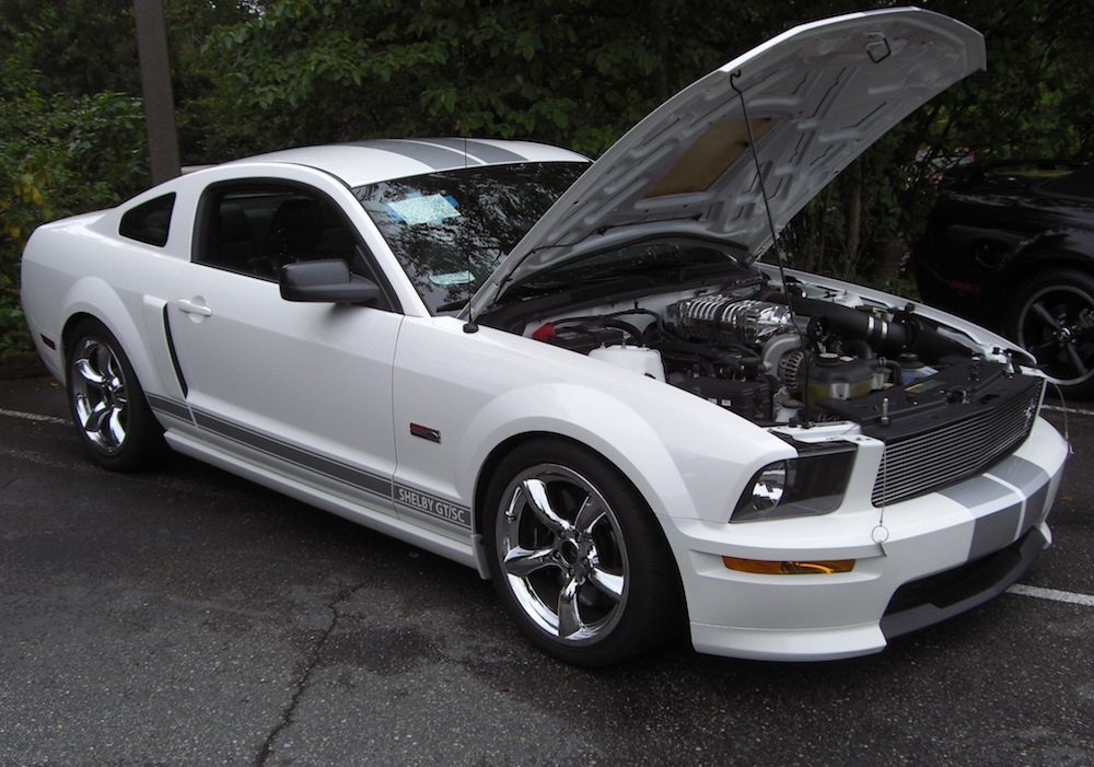 performance white 2007 ford mustang shelby gt supercharged coupe photo detail. Black Bedroom Furniture Sets. Home Design Ideas