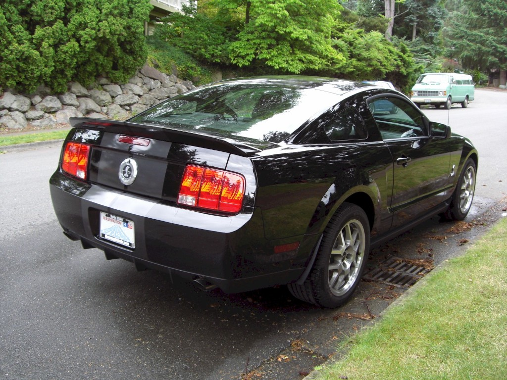 Black 08 Shelby GT 500 Coupe