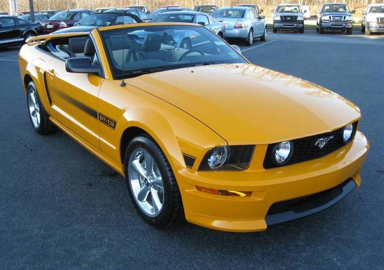2008 Grabber Orange Mustang GT/CS Convertible