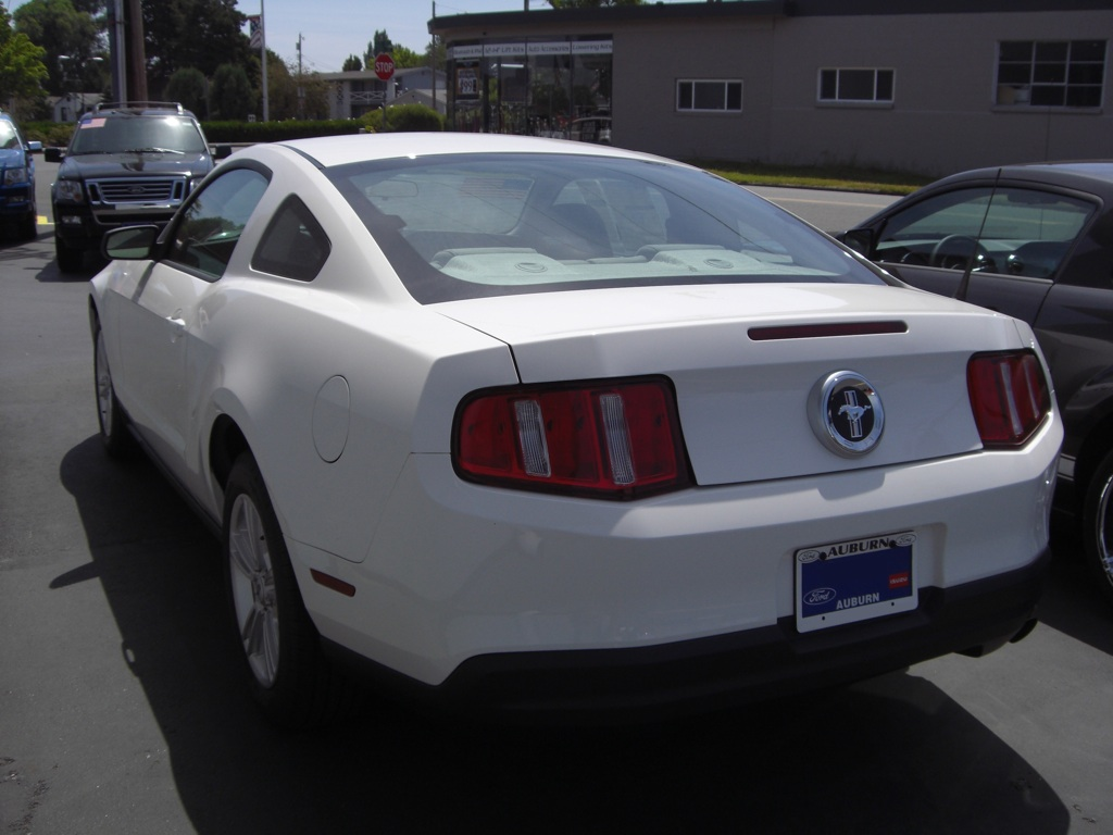 Performance white 2010 mustang v6 coupe