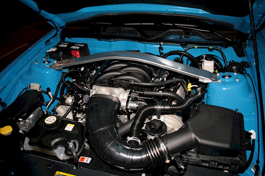 Ford Mustang 2010 H-code 4.6L V8 Engine