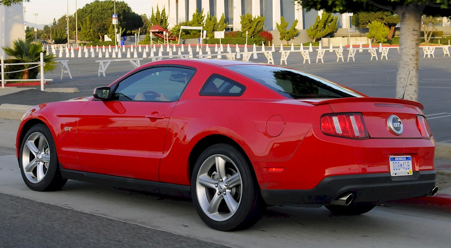 Torch Red 10 Mustang Gt