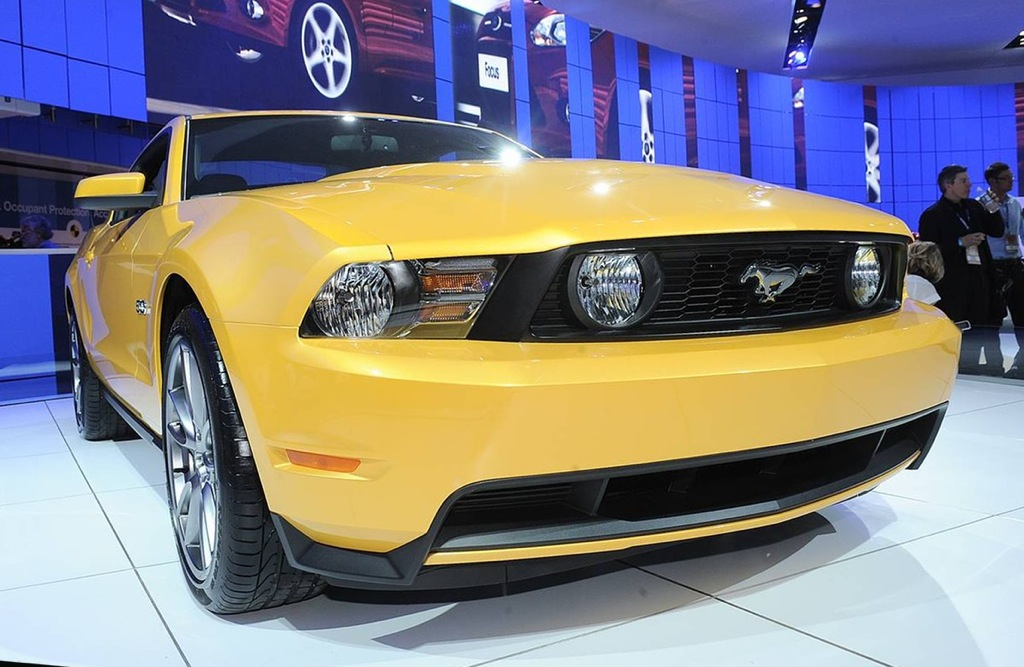 Yellow Blaze 2011 Ford Mustang GT